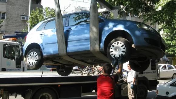 Lista oficiala a străzilor din București de pe care se vor ridica mașinile parcate neregulamentar, incepand din 26 august