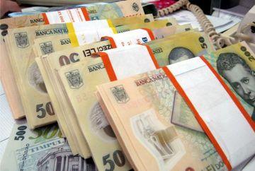 Au dat lovitura! Românii care vor primi bani multi în plus pe lângă pensie