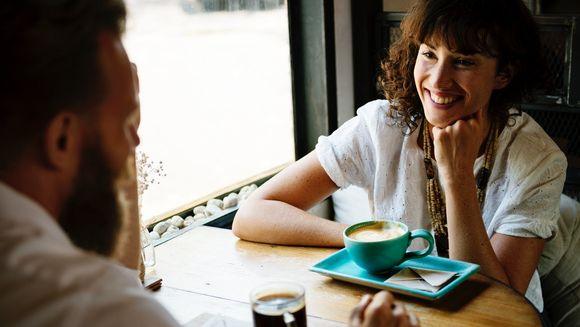 Ce să faci la prima întâlnire (glume amuzante)