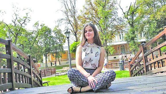 "Infiorator! Alexandra Măceşanu a reusit sa scape din sarma si lantul cu care era legata: ""Am plans in hohote cand am aflat asta"""