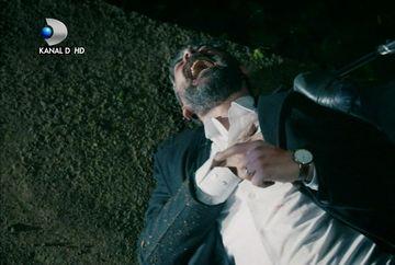 """Mustafa, luat ostatic de Vedat! Afla cum vor reactiona membrii familiei Keleli pusi in situatia de a alege intre Tahir si Mustafa, in aceasta seara, intr-un nou episod din serialul  """"Lacrimi la Marea Neagra"""", de la ora 20:00, la Kanal D!"""