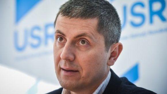 Scandal cu acuzații grele în USR, în plină campanie electorală: Dan Barna a decis