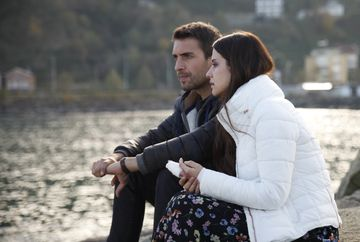 """Serialul """"Lacrimi la Marea Neagră"""" urcă spectaculos în audienţe. Kanal D, locul doi pe toate categoriile monitorizate, cu episodul difuzat aseară"""