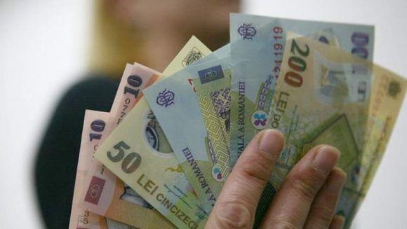 Se dau bani de la stat pentru parintii cu copii mici! Ce suma vor primi lunar
