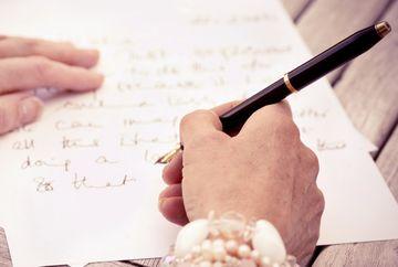 """Scrisoarea unei mame: """"Azi, te deranjează prezența mea în căminul tău și simt că abia aștepți să plec…"""" Îți vor da lacrimile"""