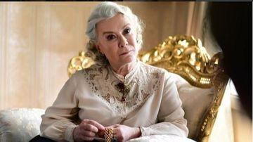 """Esma din serialul """"Mireasa din Istanbul"""", aparitie inedita alaturi de colegii sai la Festivalul de Film din Sarajevo! Iata cum au fost surprinsi indragitii actori si cum arata la cateva luni de la incheierea filmarilor!"""