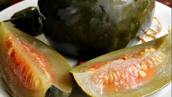 Pepeni verzi murati pentru iarna, reteta bunicii! Iata care este secretul!