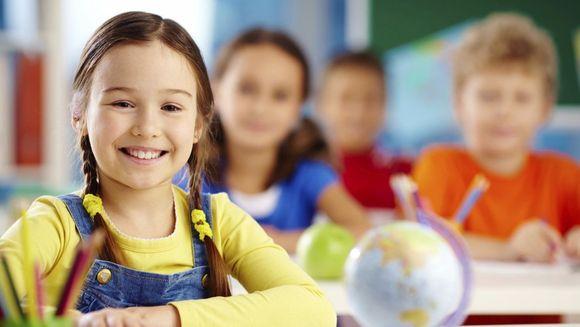 Care este oferta educațională disponibilă pe site-ul http://www.teddybar.ro?