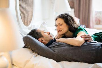 Sexul la menopauză. Ce poti face ca sa te bucuri de o viata intima fara disconfort