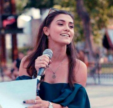 Cântăreața Andreea Rodiana Fumu a murit la doar 18 ani