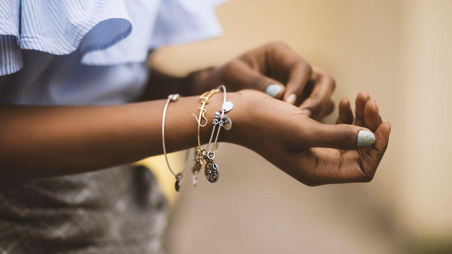 Cum purtam bijuteriile? Trucuri utile de care sa tii cont