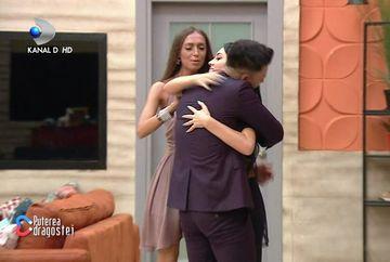"""Jador a reintrat în casa """"Puterea dragostei""""! Mariana l-a așteptat într-un mod inedit: """"Da' de ce n-ai sutien?""""! Ce reacție a avut Mocanu când l-a văzut"""