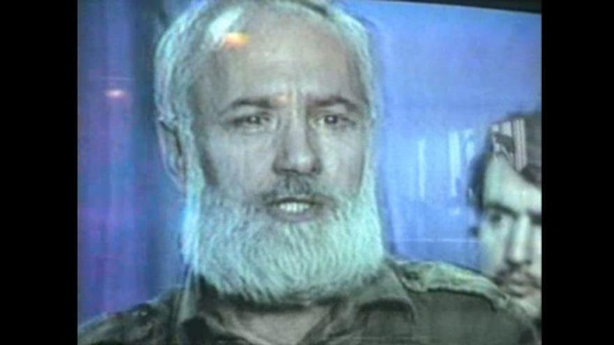 Se insoara Gelu Voican Voiculescu, cel care l-a condamnat la moarte pe Ceausescu! Mireasa e cu 41 de ani mai tanara