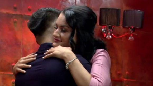 """Manuela și Jador, cuplu bombă la """"Puterea dragostei""""?! Cei doi au fost împreună în camera roșie"""