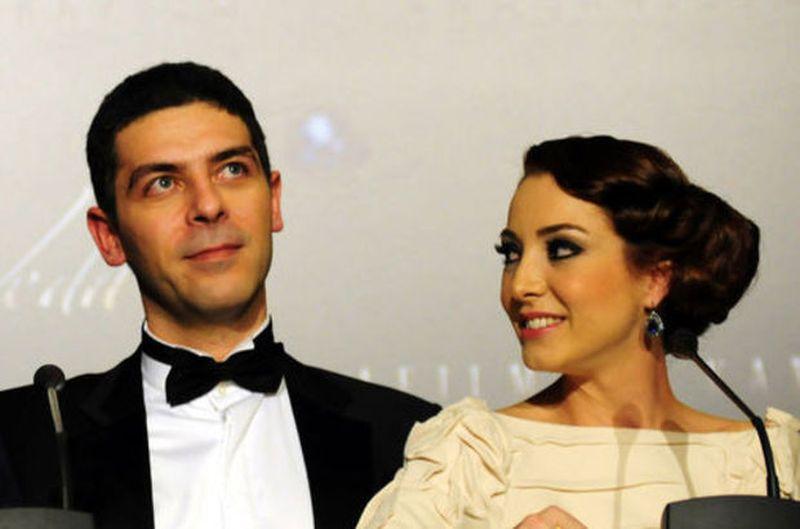 """Imagini fabuloase de la nunta lui Mustafa din serialul """"<a target="""