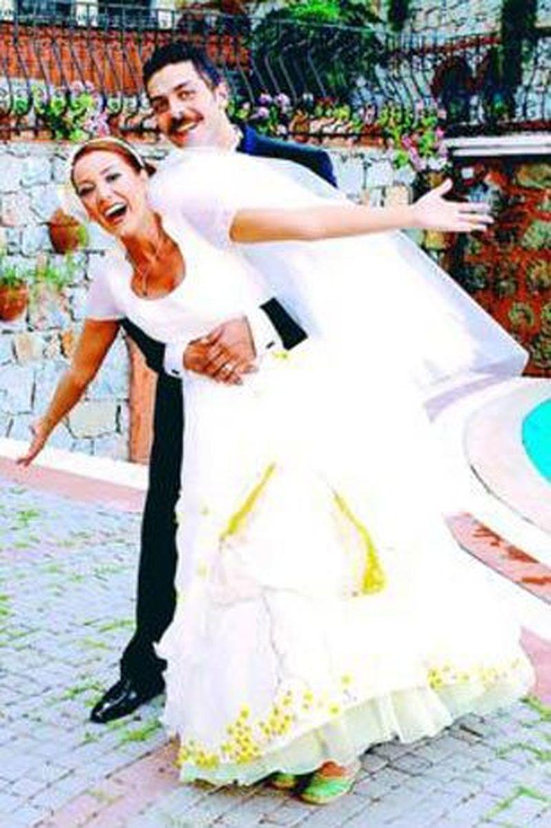 """Imagini fabuloase de la nunta lui Mustafa din serialul """"Lacrimi la Marea Neagra"""""""