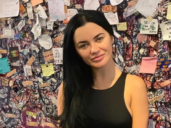 """Carmen de la Salciua: """"Am fost violata, batuta, jefuita cu bestialitate"""". Fanii cantaretei sunt in panica"""