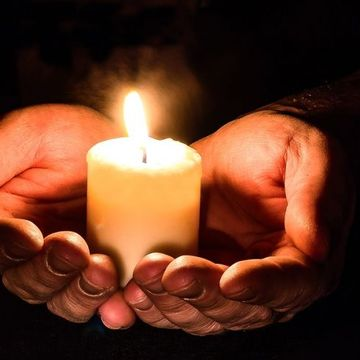 Rugăciunea zilei de joi. Iartă păcatele și te eliberează de povara sufletească