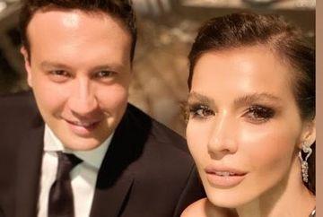 Nunta de poveste, la Istanbul! Celebrii actori Hatice Sendil Sağyaşar şi Burak Sağyaşar au luat parte la merele eveniment! Iata cine sunt mirii si ce tinute extravagante au ales!