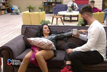 """Ricardo formează deja un cuplu cu Manuela? S-ar fi sărutat pe hol: """"A pupat-o pervers""""! Cine a detonat bomba"""