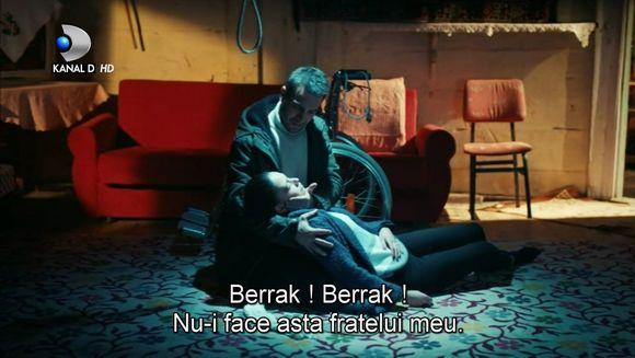 """Berrak, in pericol de moarte! Afla cum va reactiona Fatih cand isi va vedea iubita agonizand din cauza lui Vedat, in aceasta seara, intr-un nou episod din serialul """"Lacrimi la Marea Neagra"""", de la ora 20:00, la Kanal D!"""