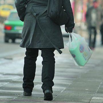 Evitați deșeurile din plastic și protejați mediul! – Alternativele la pungile din plastic
