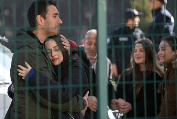 """Tahir il impusca pe Vedat!Afla ce se va intampla cu cei doi rivali, in aceasta seara, intr-un nou episod din serialul """"Lacrimi la Marea Neagra"""", de la ora 20:00, la Kanal D"""