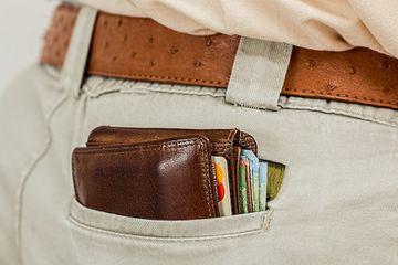 Salariu mărit 2019. Sute de mii de români primesc bani în plus - Creștere cu 25%