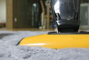 Care sunt cele mai bune materiale pentru amenajarea podelei din dormitor?
