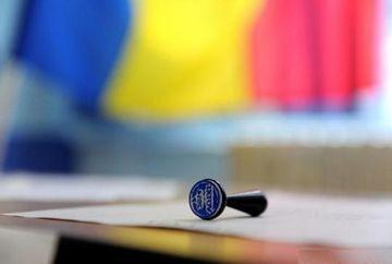 A inceput votarea  pentru alegeri prezidențiale 2019. Romanii merg deja la vot
