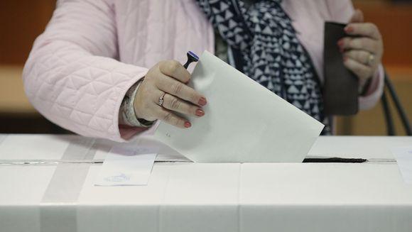 Alegeri prezidentiale 2019: cea mai scazuta prezenta la vot dupa 1989. Istoricul alegerilor in Romania