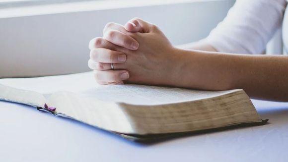 Rugăciune de ajutor. Rugă către Preasfânta Născătoare de Dumnezeu, la vreme de necaz şi de întristare