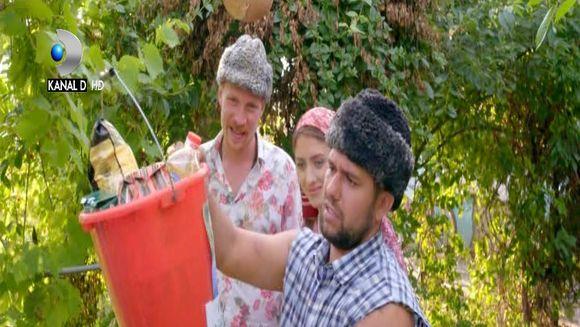 Imagini in premiera din primul episod ''Moldovenii''! Comedia incepe sambata, de la 22:00, la Kanal D