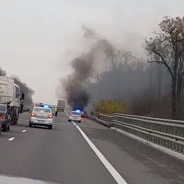 EXCLUSIV Breaking News: Incendiu pe A3. Traficul este blocat. Politia si pompierii au intervenit