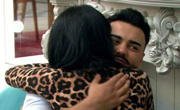 """Jador, în brațele Manuelei! S-au sărutat, iar el i-a spus să facă un cuplu cu el! Răsturnare incredibilă de situație la """"Puterea dragostei"""""""