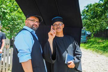 """Preotul care si-a facut debutul in televiziune la 56 de ani!Vasile Pantiru il interpreteaza memorabil pe parintele Vasile, in serialul """"Moldovenii"""", de la Kanal D!"""
