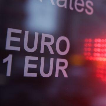 Curs valutar 20 noiembrie. La cat a cotat BNR un euro in raport cu leul