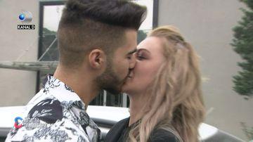 """Denisa și Iancu, un nou cuplu la """"Puterea dragostei""""! S-au sărutat la plecarea ei din casă! Ce se întâmplă în perioada următoare"""