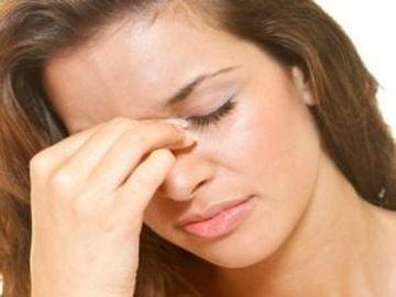 Tratament sinuzita. Cum scapi de durerea si disconfortul sinuzitei cu remedii naturiste