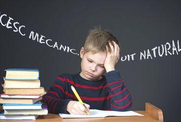 Statistică alarmantă! Aproape 50% dintre elevii din România sunt analfabeți funcțional! Reacția halucinantă a Ministrului Educației