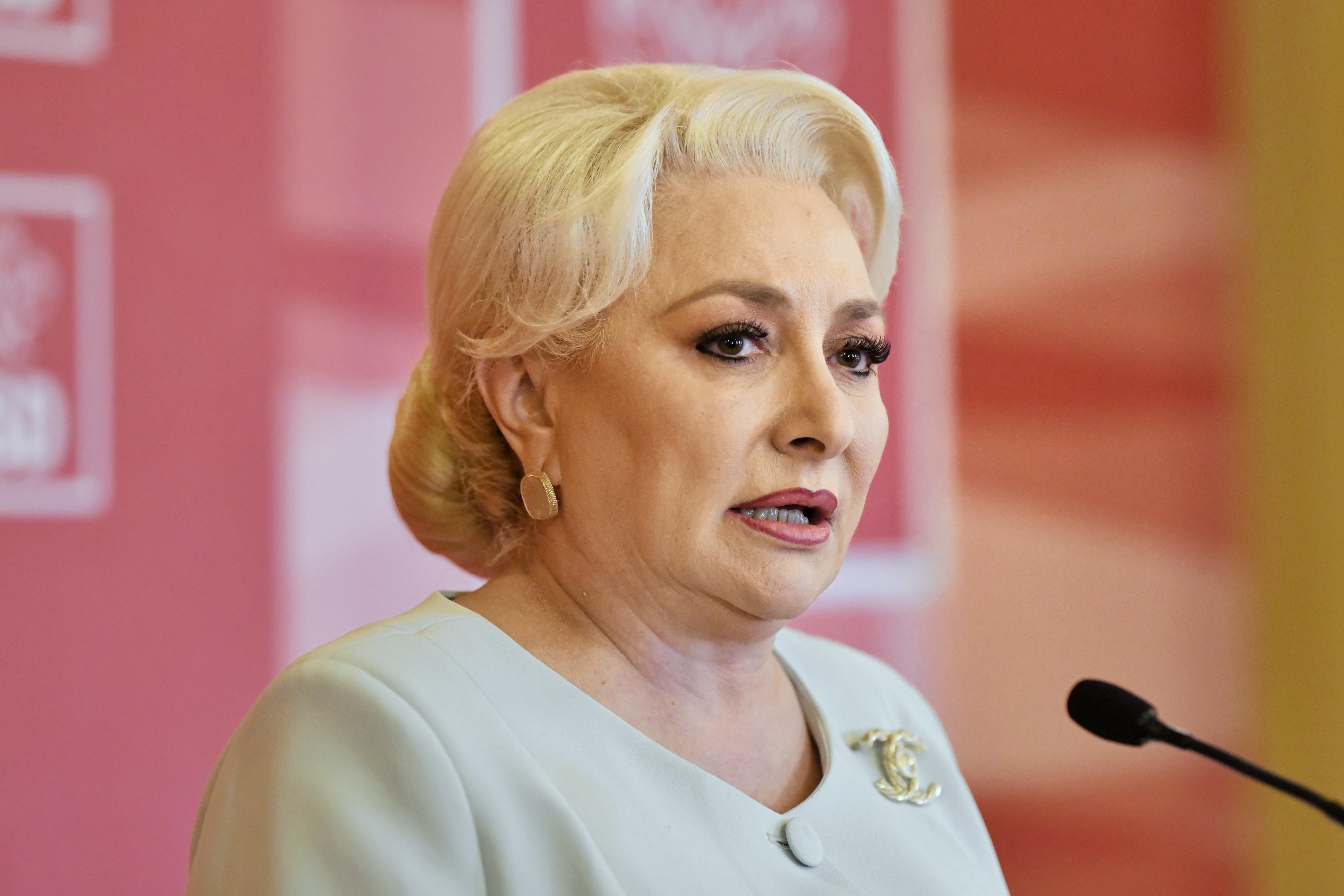 Viorica Dancila socheaza! Cum arata fostul premier si lider PSD fara celebrul COC