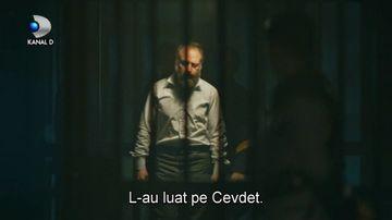 """Cevdet ajunge la inchisoare! Afla ce pedeapsa va primi colonelul dupa ce l-a ucis cu sange rece pe grecul care o batjocorise pe Azize, ASTAZI, intr-un nou episod din serialul """"Patria mea esti tu"""", de la ora 23:00, la Kanal D!"""