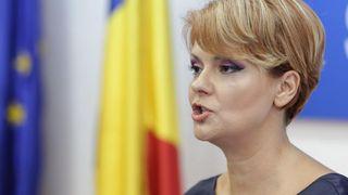 """Lia Olguta Vasilescu: """"Pensiile aflate pe legi speciale se dubleaza! Daca v-am spus ca sunt si prosti si iresponsabili"""""""