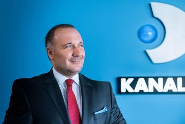 "Ugur Yesil, CEO si Executive Board Member Kanal D, premiat la Gala ""Financial Intelligence - Hall of Fame"", pentru Performanta in managementul media"