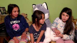 "Nu ratati povestea emotionanta de viata a trei surori care vor primi in dar o casa, duminica, la ""Asta-i Romania"", de la ora 22:00, la Kanal D!"