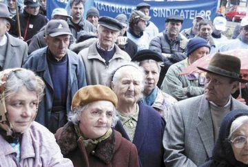Vesti bune pentru pensionari! Ce vor primi 60.000 de romani in 2020