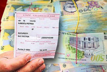"""Ce se intampla cu pensiile? Reforma anuntata de ministrul de Finante: """"Sper ca nu este prea tarziu"""""""