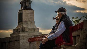 3 modalități prin care poți să economisești eficient pentru o bătrânețe liniștită