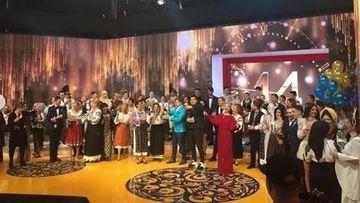 """În noaptea dintre ani, Kanal D intră în casele românilor cu un spectacol grandios: """"Revelion Teo Show""""!"""