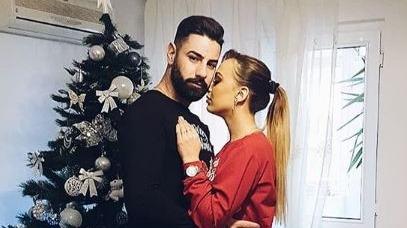 """Mary, fosta concurenta de la """"Puterea dragostei"""", a trait momente unice in noaptea de Revelion! Robert i-a pregatit o surpriza senzationala pentru a o cere in casatorie oficial!"""